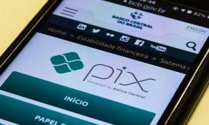 Celular com o Pix